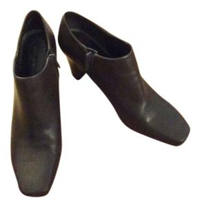 Bandolino Leather Heel Brown Boots