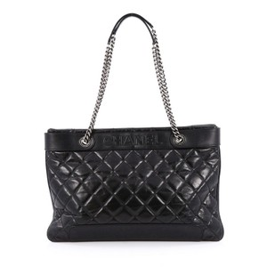 Chanel Calfskin Tote in Black