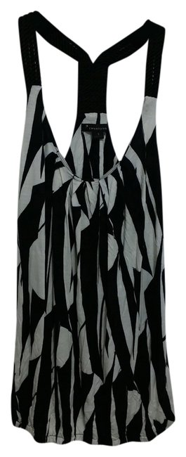 Forever 21 Top Black and white
