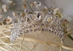 Gorgeous Crystal Bridal Wedding Tiaras Silver Plated T-014-a
