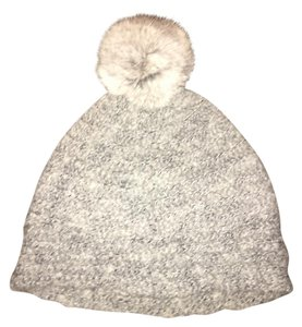 Echo Gray pom pom knit winter hat / beanie w/ GENUINE RABBIT FUR