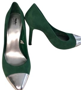Mossimo Supply Co. Green & Silver Pumps
