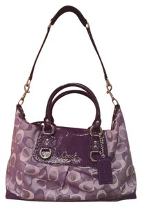 Coach Satchel in Violet