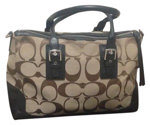 Coach Satchel in Dark brown with medium brown
