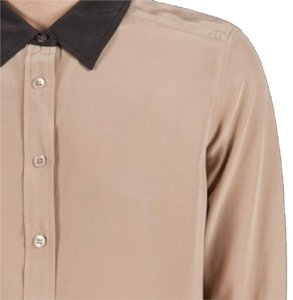 Equipment Top Beige with black collar