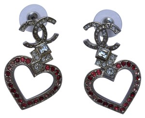 Chanel NWT Limited Edition Chanel Strass Heart CC Silver Earrings
