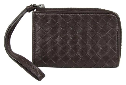 Preload https://img-static.tradesy.com/item/20417326/bottega-veneta-brown-woven-leather-wristlet-coin-purse-244825-2040-wallet-0-1-540-540.jpg