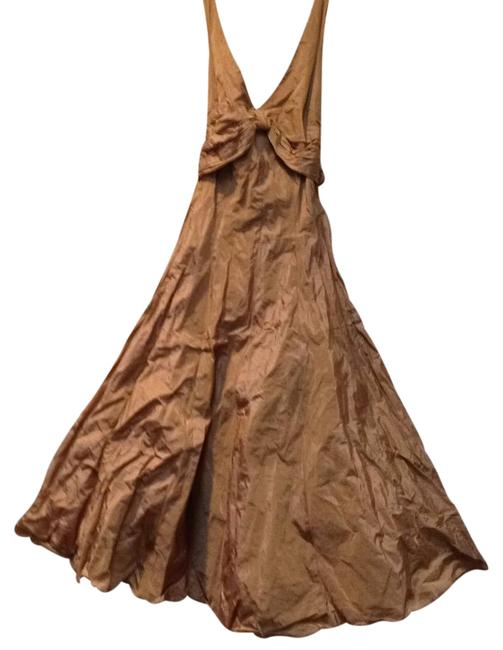 Item - Copper Metallic Ruched Sleeveless Evening Mid-length Formal Dress Size 0 (XS)