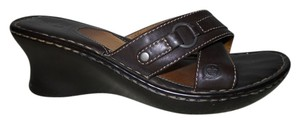 Born sz 8 Leather Mbc brown Sandals