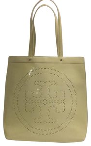 Tory Burch Tote in Eggshell