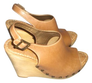 Sam Edelman Designer tan Wedges