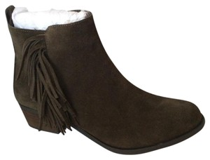 Vince Camuto Nwt New With Tags Italian Olive Boots