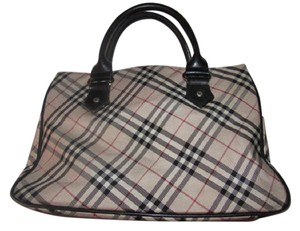 Burberry Mint Vintage Lots Of Pockets Early Looks Unused Nova Lining Satchel in black leather/Nova Check plaid fabric
