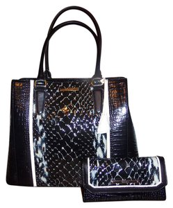 Brahmin Tote in Black Carlisle