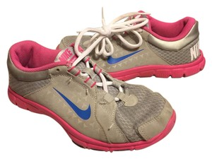 Nike gray/pink/blue Athletic