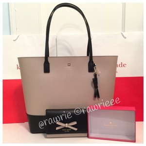 Kate Spade Taupe And Black Sawyer Street Tori And Wallet Set Tote in Taupe/Black