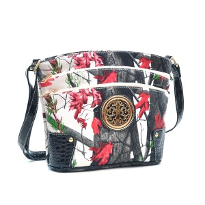 Realtree Classic Bags Crossbody The Treasured Hippie Camouflage Army Red Messenger Bag