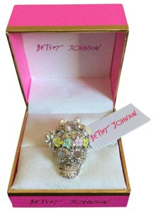 Betsey Johnson NEW Flowery Glitter Skull Ring
