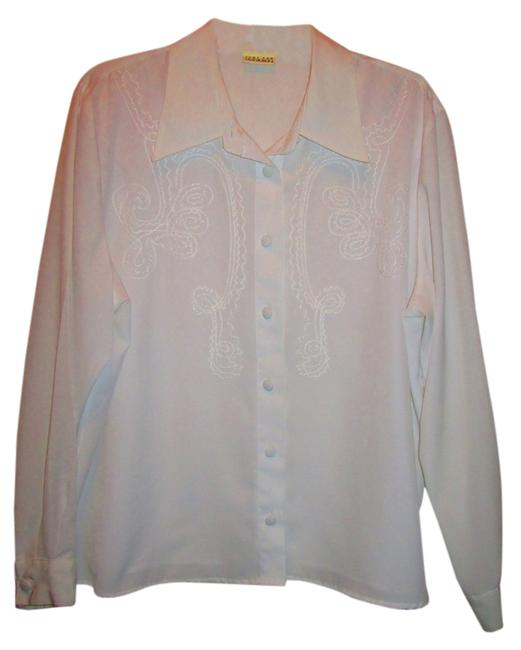 Preload https://item2.tradesy.com/images/white-blouse-size-16-xl-plus-0x-2042121-0-0.jpg?width=400&height=650