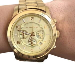 Michael Kors Gold chrono with gold face MK8077