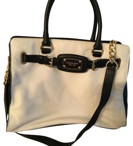 Michael Kors Satchel in Cream