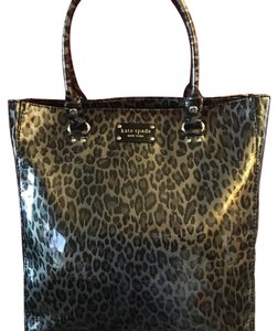 Kate Spade Tote in animal print