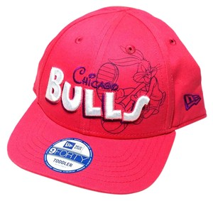 New Era Chicago Bulls New Era Toddler Girls Bugs Bunny Looney Tunes Pink Hat