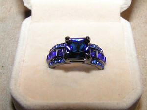 Reduced! Gorgeous Dark Blue Zircon Fashion Ring Free Shipping