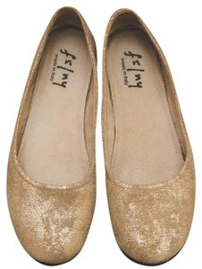 French Sole Gold Flats