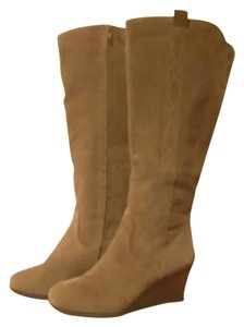 White Mountain Taupe Boots