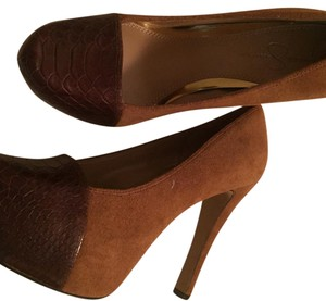 Jessica Simpson tan and brown Platforms