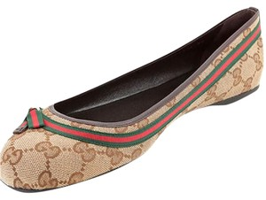 Gucci Womens Logo Ballerina Beige with red/green stripe Flats