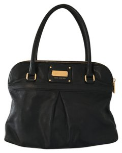Marc Jacobs Leather Lambskin Tote in Black