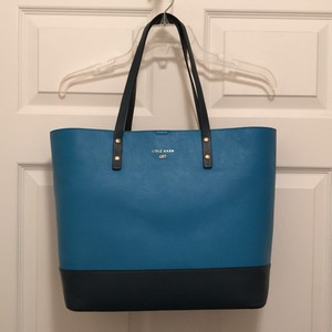 Cole Haan Shopper Tavel/weekend Leather Tote in Two Tone Blue