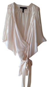 BCBGMAXAZRIA Top Off white