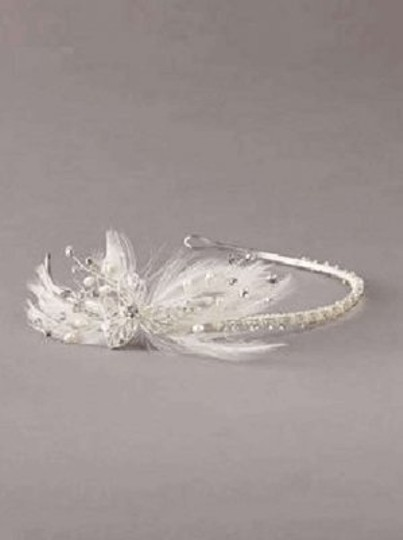 Preload https://item5.tradesy.com/images/david-s-bridal-silver-rhinestone-headband-with-side-spray-featherflower-style-h5152-hair-accessory-204254-0-0.jpg?width=440&height=440