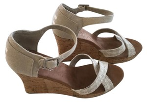 TOMS Strappy Wedge Wedge Size 9.5 Natural Sandals