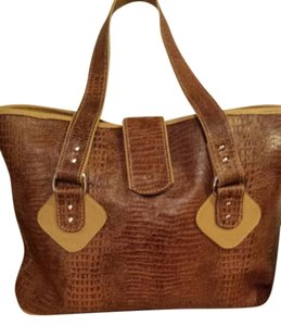 Rile Leather Tote in brown cognac