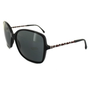 30ce9cb2b1b4b Chanel NEW Chanel Prestige Collection Oversized Black Red Chain Sunglasses