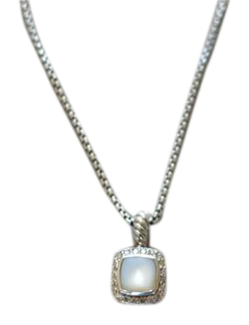 Item - Silver Moonstone Center Stone Sterling Petite Albion Necklace