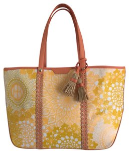 Henri Bendel Tote in yellow and white