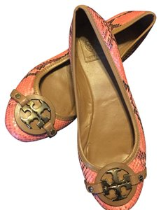 Tory Burch Coral multi with neutral trim. Flats