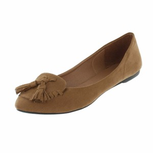 Red Circle Footwear Tan Flats