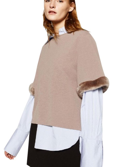 Item - Furry Sleeved Taupe Top