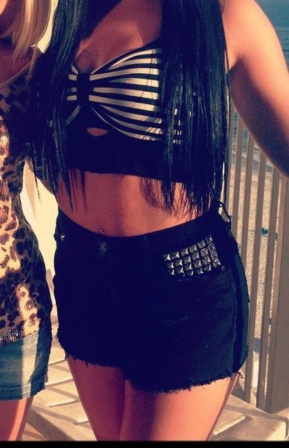 Charlotte Russe Studded Keyhole Crop Striped Top Black/White