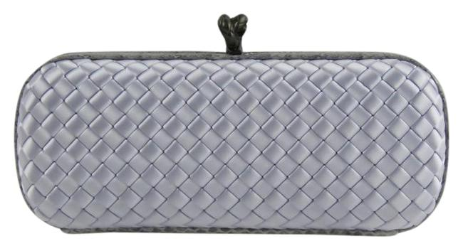 Item - Ayers Trimmed Intrecciato Knot 202031vg0h9 Oyster Satin Clutch