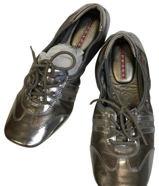 Item - Silver and Bronze Free Shipping Flats Size US 8.5 Regular (M, B)