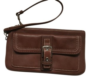 Coach Wristlet in SV/Whisky