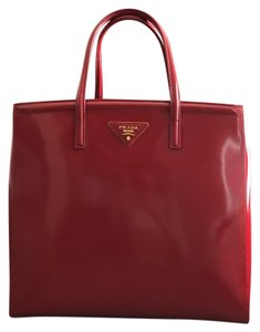 Prada Satchel in Scarlatto / Red