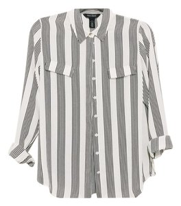White House | Black Market Top White w black stripes